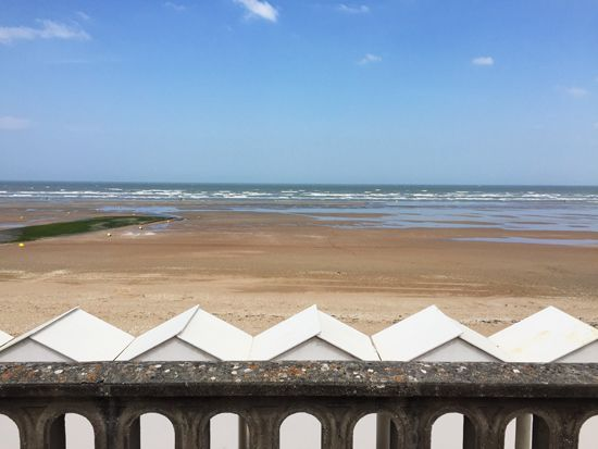 Plage Cabourg catamaran #France #normandie