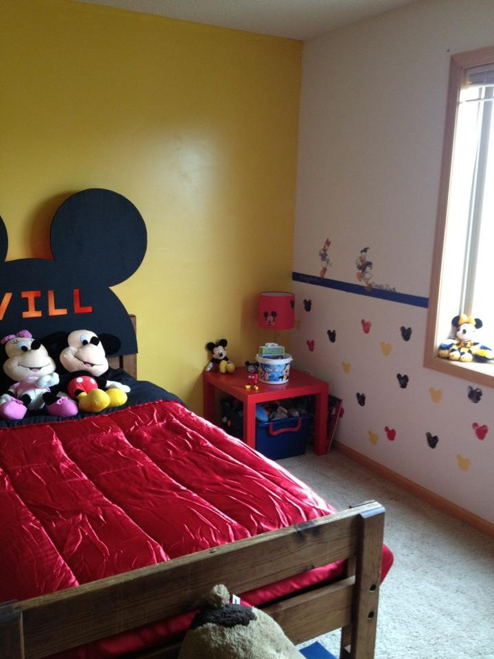 167 best mickey bedroom images on pinterest mice best Mickey mouse bedroom ideas