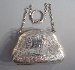 EDWARDIAN sterling silver finger or dance purse, 1908 #mike1242 #mikesemple2015 #ilikethis
