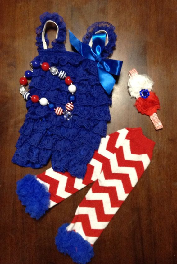 Adorable 4th of July outfit for the cute little girl in your life!