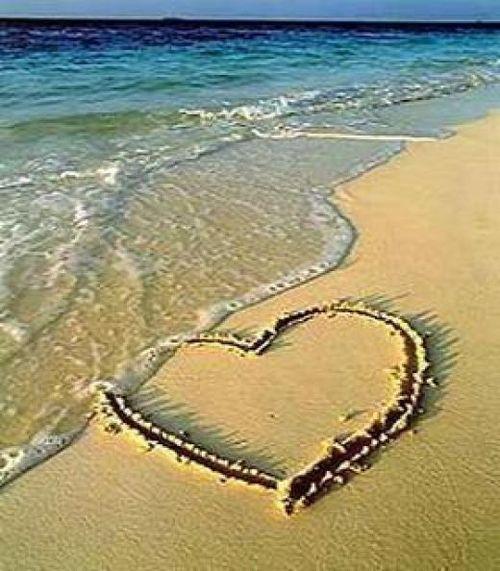 i heart a beach