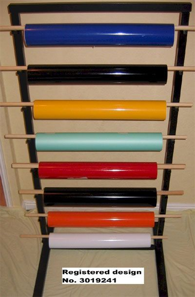 uksignboards.com :: View topic - Sign Maker designs & markets his own patented vinyl rack