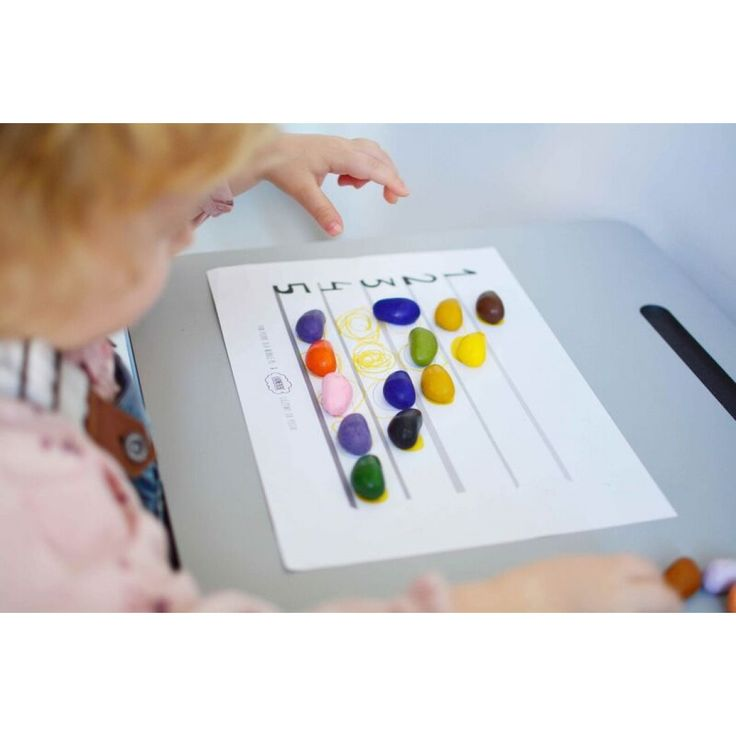 Crayon Rocks - 16 χρώματα σε  λευκό υφασμάτινο πουγκί