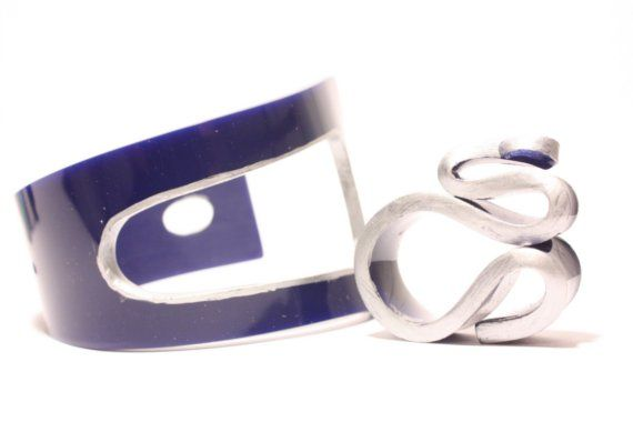 Blue silver bracelet and matching ring by Pulguinha on Etsy, €54.76: Silver Bracelets, Matching Rings