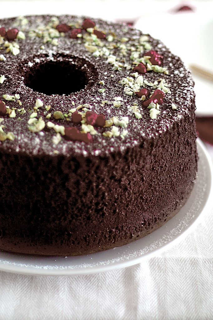 Great blog for recipes.......Chocolate Chiffon Cake - Life is Great