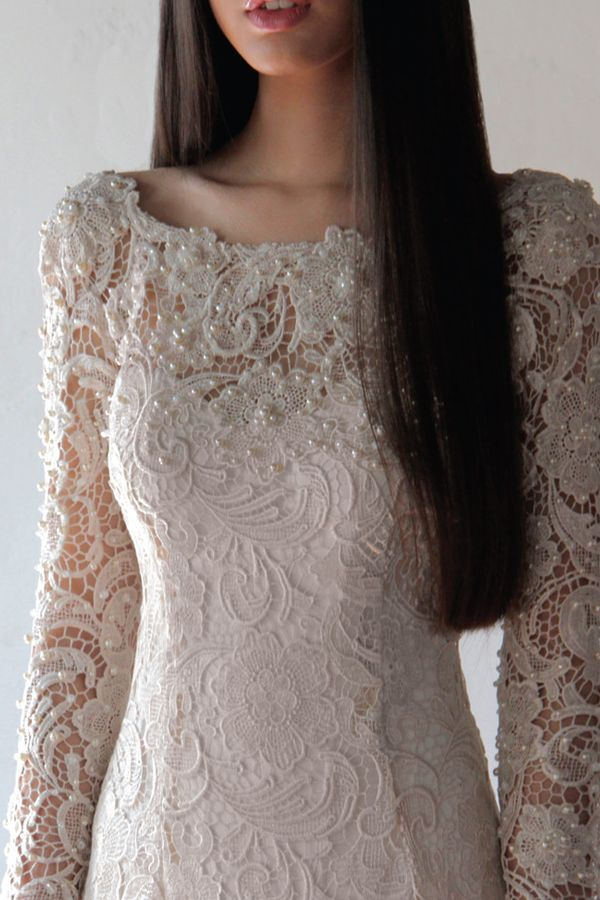 Alia Bastamam of Malaysia Bridal 2013 3