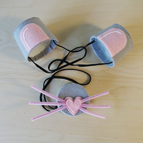 Easy DIY Halloween mouse costume using Tillamook Yogurt empties! #Upcycle #DIY