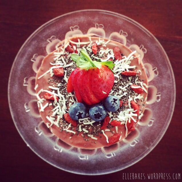 Berry Infused Cacao and Maca Super Food Smoothie Bowl