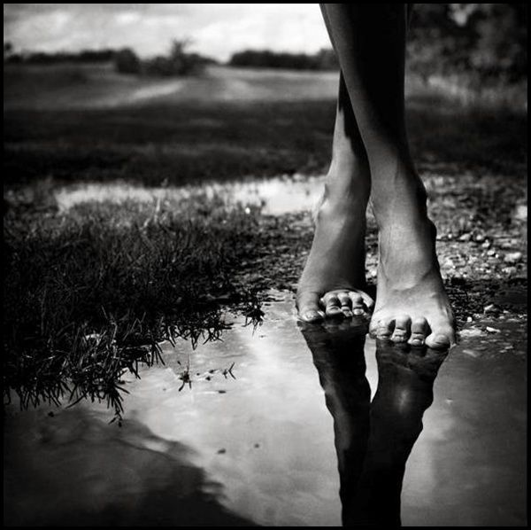 Art & Culture » Blog Archive 35+ fabulous examples of Black and White Photography » Art & Culture