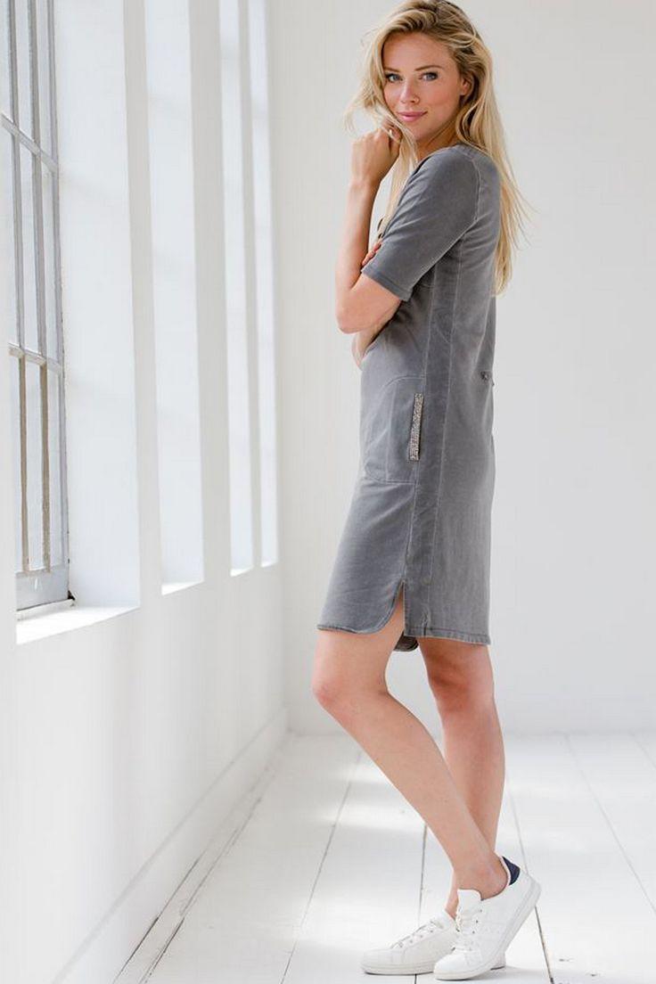 jurk met strass-steentjes