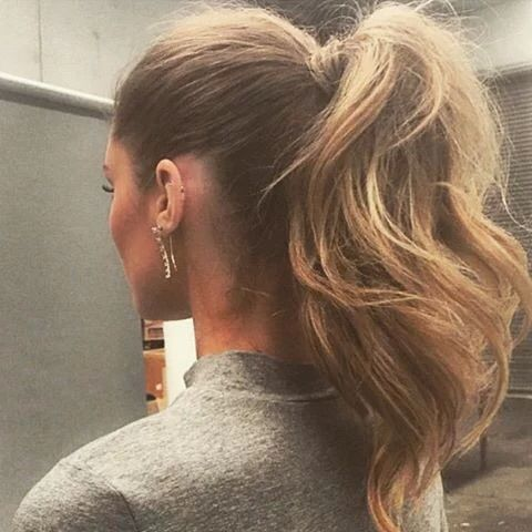 Voluminous Ponytail