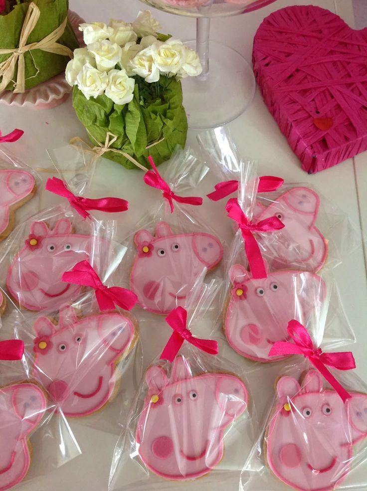 Peppa Pig fondant cookies tutorial