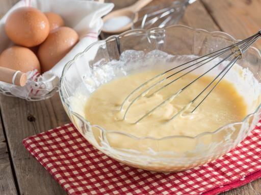 La pâte à crêpe de ma grand-mère Sidonie : Recette de La pâte à crêpe de ma grand-mère Sidonie - Marmiton
