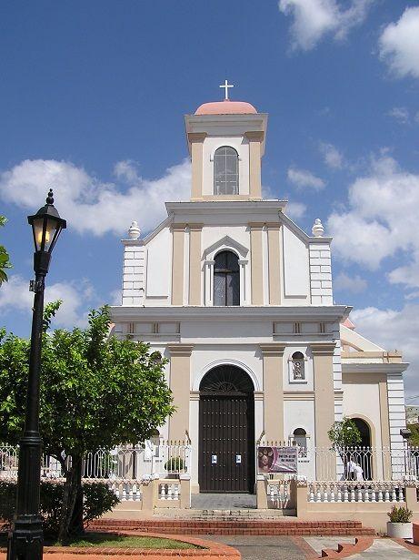 puerto rico manati - iglesia catolica