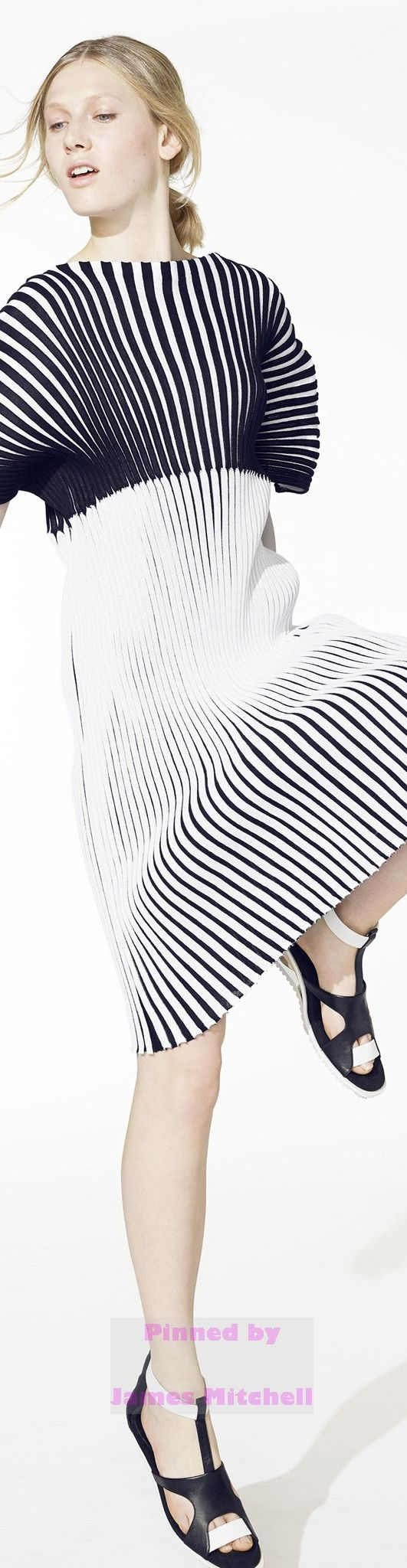 Issey Miyake Collection Resort 2015