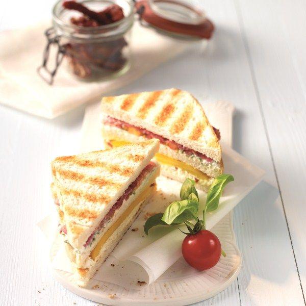 Sandwich met parmaham en fetacrème #lunch #WeightWatchers #WWrecept