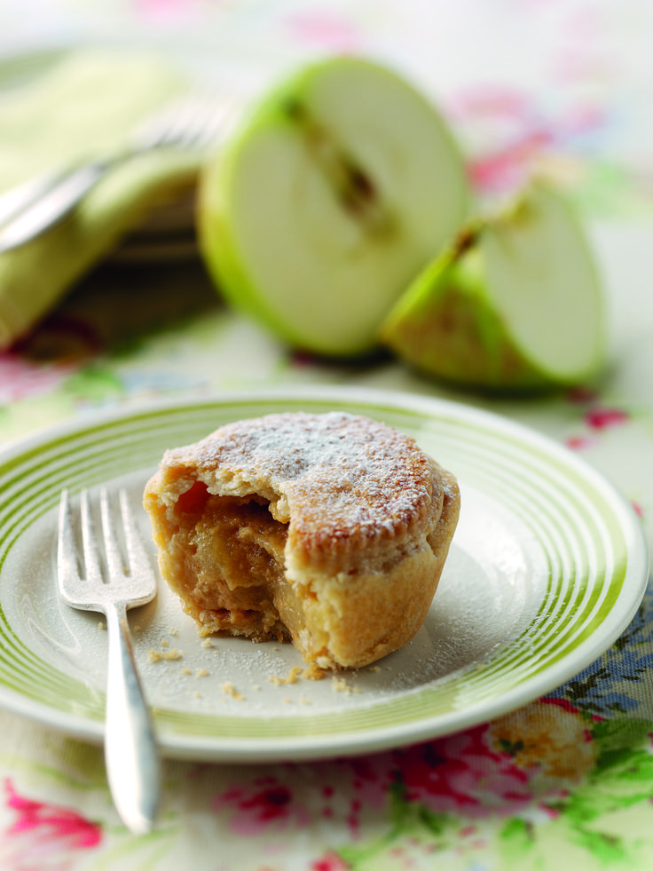 Jo Pratt's Bramley Apple, Caramel and Ginger Pies | Bramley Apples