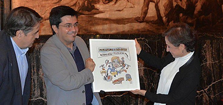La periodista mexicana Carmen Aristegui fue galardonada con el Premio a la Libertad de Expresión en Cataluña, España. El reconocimiento fue ampliado a todo