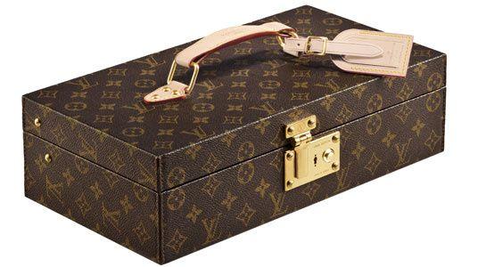 Louis Vuitton ouvre un cabinet d'écriture éphémère
