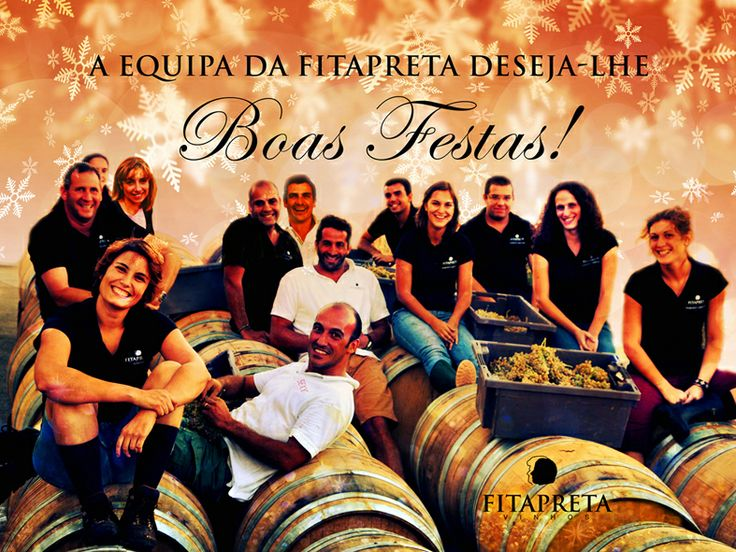 We wish you a Merry Christmas and a Happy New Year! www.fitapreta.com