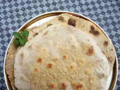 Chapati glutenfrei (indisches Fladenbrot) - Rezept   knusprige glutenfreie Fladen ohne Hefe und Öl - histaminarm
