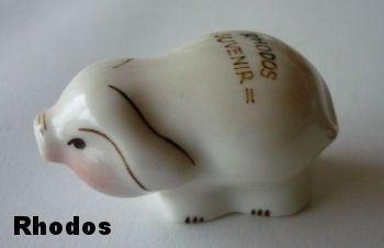 http://fmlkunst.home.xs4all.nl/varkenscollectie5/varkens5.htm - varkentje te koop voor 3,98 euro - uit Fräncis' VarkensCollectie