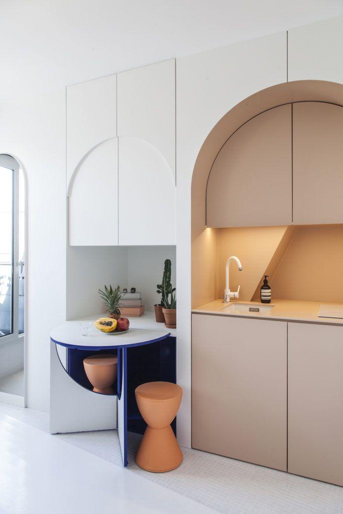 Petite Surface Un Appartement De 11m2 A Paris Interieur Moderne De Cuisine Interieur De Cuisine Decoration D Une Petite Piece