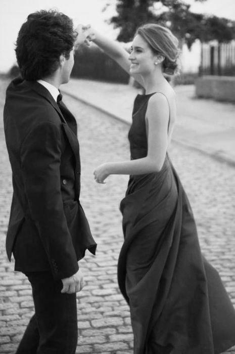 """baliamo?Ogni impegno – non importa quanto grande o piccolo  ordinaria o insolito – merita una lettera di impegno.  il professionista e il cliente fanno """"la danza"""". Ogni danze di festa intorno a che cosa esattamente ogni significato al momento il lavoro iniziarono."""