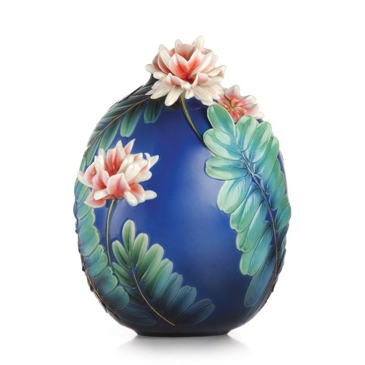 FZ03220 Franz Porcelain Peace & Harmony Coronilla Varia Vase