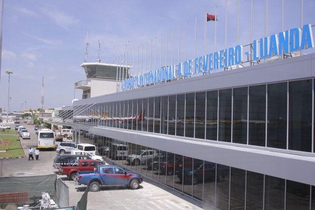 Aeroporto internacional 4 de Fevereiro eleito o 5.º pior de África http://angorussia.com/noticias/angola-noticias/aeroporto-internacional-4-de-fevereiro-eleito-o-5-o-pior-de-africa/