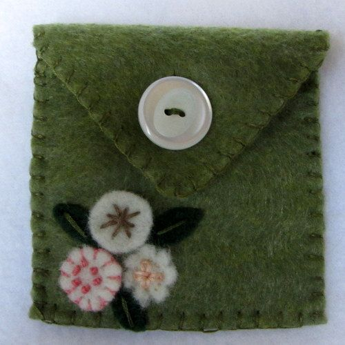 Felt Jewelry Pouch  Gift Bag  Embellished by hart2hartdesigns, $3.00