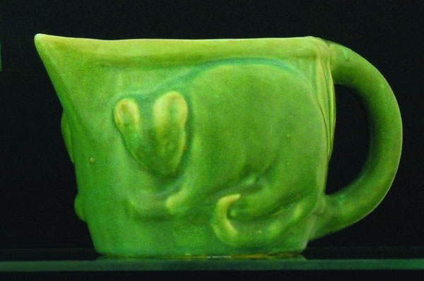 Melrose Ware green glazed jug with possum and gumleaf… - Melrose - Ceramics - Carter's Price Guides to Antiques and Collectables