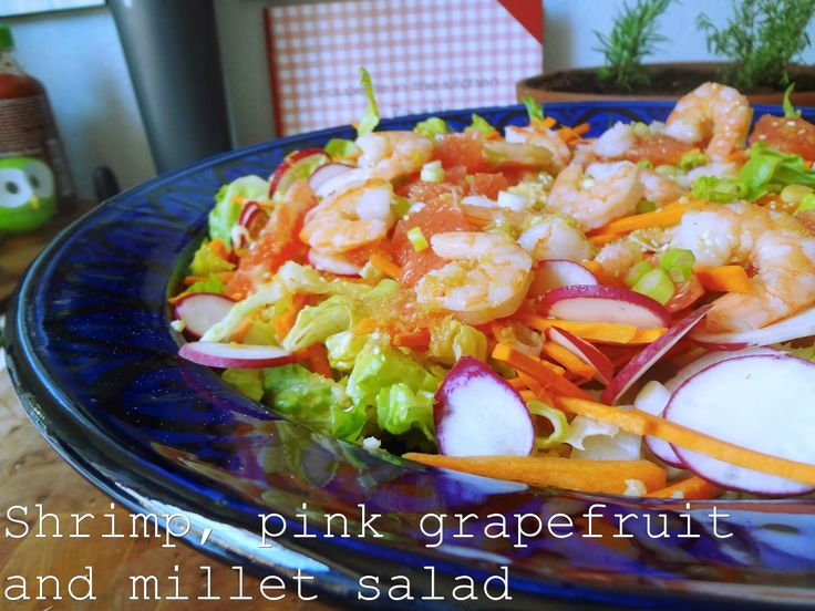 Shrimp, pink grapefruit and millet salad
