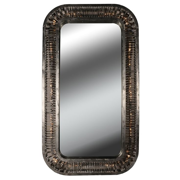 The Timothy Oulton Rex Mirror is inspired  by 1920's Hollywood, with an Art Deco style design. We heard that Kylie Jenner has this exact mirror!