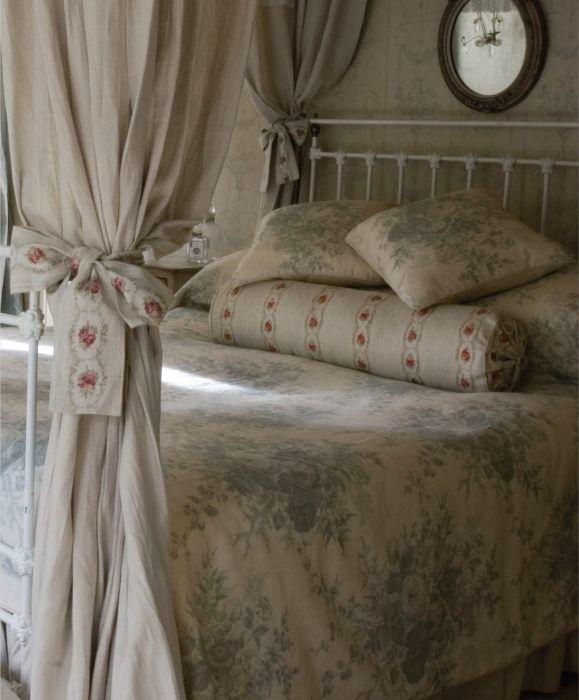 Zara Home Cushions Blue picture on biancheria da letto chic with Zara Home Cushions Blue, sofa 9a9c06d6a16b727ff0a1d06e9e264e50