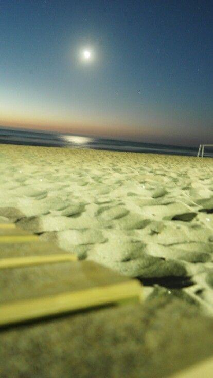 Tarde noche en la playa...