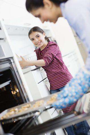 Eliminare cattivi odori dal forno: pulizie ecologiche
