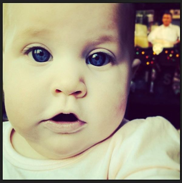 Hillary Scott Shows Off Gorgeous Pic Of Baby Eisele At 6 Months�Old