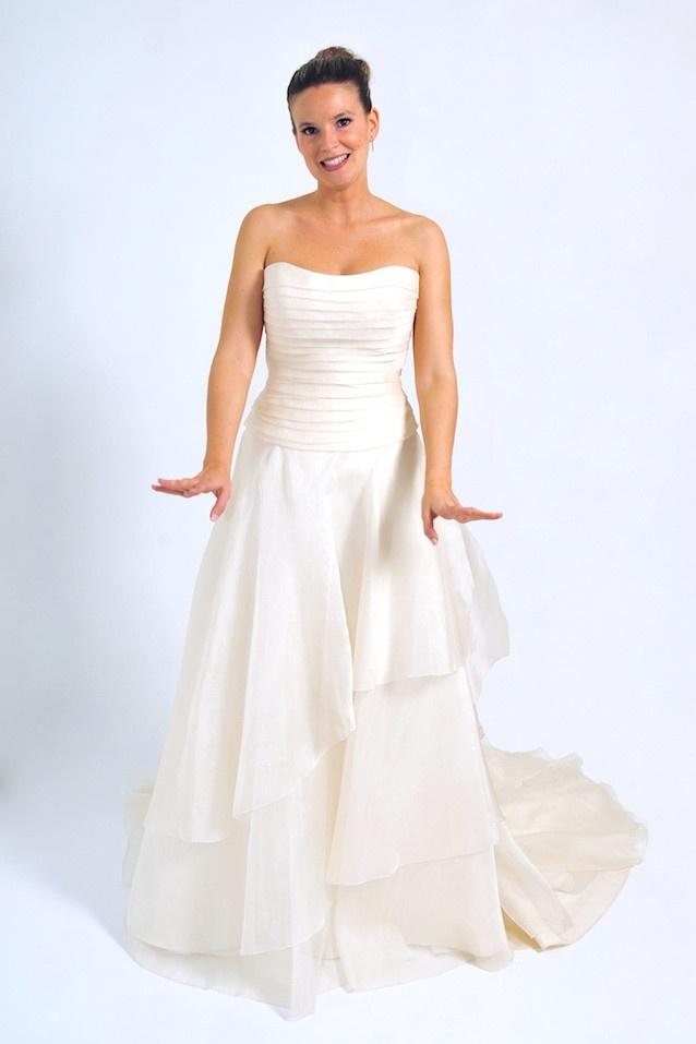 Vestido de Novia Outlet Model Novia 1451 650€ (antes 2500€)