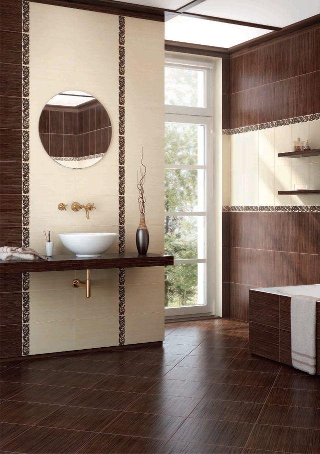 une belle faïence salle de bains en beige clair et marron à motifs fins en marron