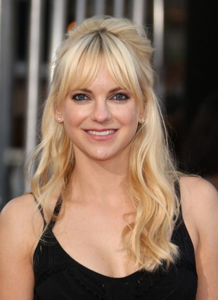 Anna Faris at the '22 Jump Street' Premiere. Hair by Christine Symonds. Makeup by Lottie.