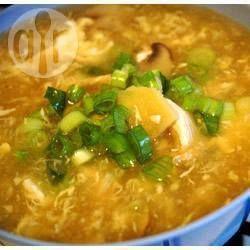 Foto da receita: Sopa chinesa de frango - hot & sour