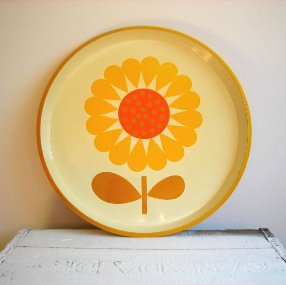Vintage Mod Flower Power Hostess Serving Tray