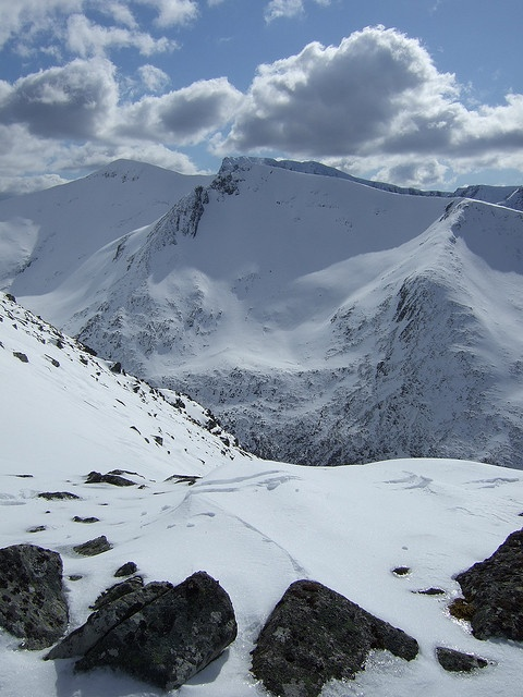 Carn Mor Dearg and Ben Nevis in background, #Scotland, tallest mountain in Great Britian