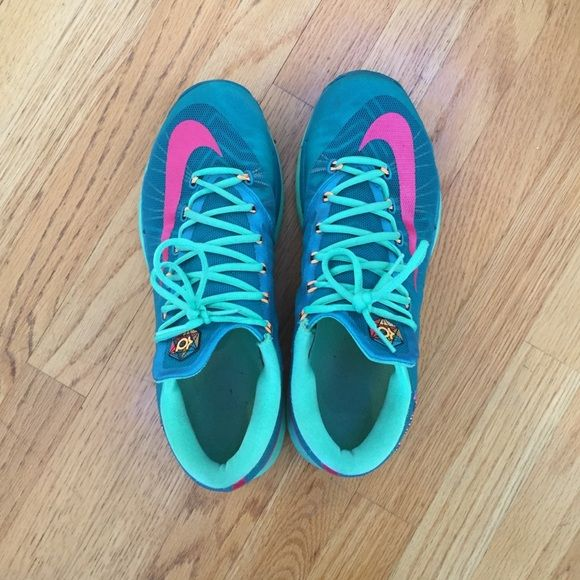 KD VI Elite-Green and Pink Nike Basketball sneaker Low Cut KD VI Elite- Green and Pink Nike Basketball Sneakers. Very good condition Nike Shoes Athletic Shoes