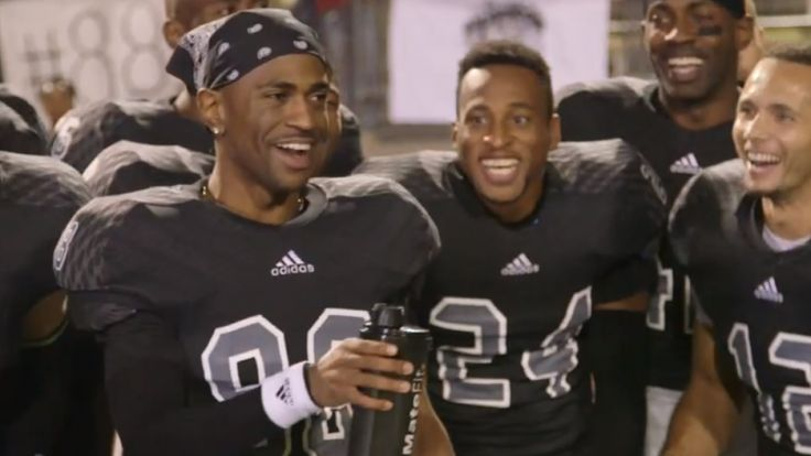 Big Sean gets Kanye West, E-40 and DJ Mustard for his 'IDFWU' video.