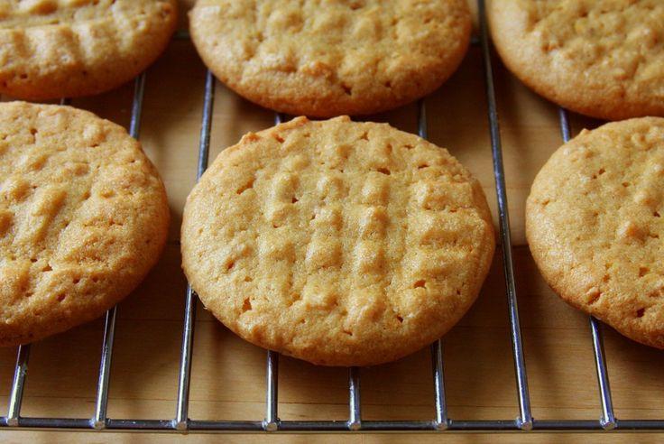 Galletas de mantequilla de maní,  unos snacks sin harina no están demás.