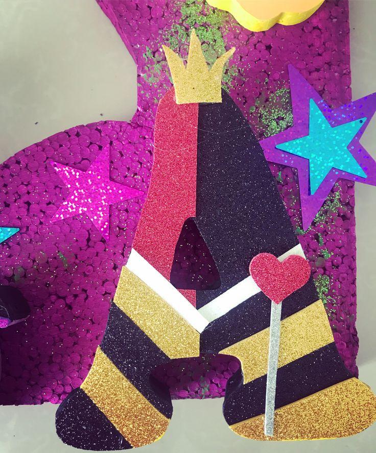 Letra decorada Reyna de corazones #losdescendientes