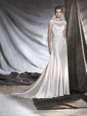 Svatební šaty Pronovias 2017 ve svatebním domě NUANCE.