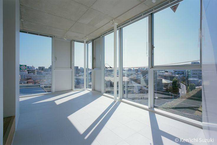 Treform 東京都豊島区の賃貸の空き部屋情報。タカギプランニングオフィスはデザイナーズマンション、オフィスを中心に、建築家と協働で賃貸集合住宅の企画・募集・管理を行っています。レイアウトの自由度が高い広めのワンルーム、SOHO対応可能物件等、間取りを多数揃えています。